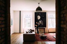 """""""Dark side"""" una fotografñia de Javier Aranburu.  #fotografíadeautor#decoideas#interiorismo#decophoto#portrait#fashionphoto#darkwoman#mistery#beautifulwoman#contrast#fotografíaydecoracion"""