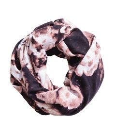 Check this out! Tube scarf in an airy, woven fabric with a printed pattern. Width 35 1/2 in., circumference 59 in. - Visit hm.com to see more.