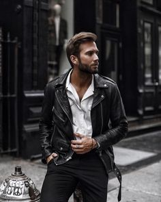 Style by Erik Forsgren Rebel Fashion, Fashion D, Mens Fashion Blog, Leather Fashion, Daily Fashion, Leather Jacket Outfits, Men's Leather Jacket, Leather Men, Leather Jackets