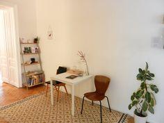 waiting room @Raum für Neues My Workspace, Office Desk, Corner Desk, Furniture, Ideas, Home Decor, Corner Table, Desk Office, Decoration Home