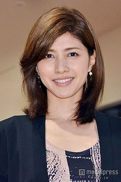 Old Women, Real Women, Cute Japanese, Beautiful Asian Girls, Nice Body, Woman Face, Hairstyle, Actresses, Celebrities