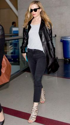 145 Celebrity-Inspired Outfits to Wear on a Plane - Leslie Mann from #InStyle