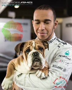 Lewis Hamilton & 2014 Formula 1 Champion and Mercedes AMG Petronas driver) with his dog, Roscoe. F1 Lewis Hamilton, Lewis Hamilton Formula 1, Alain Prost, Grand Prix, Ricciardo F1, Daniel Ricciardo, Amg Petronas, Sports Personality, Sports Humor