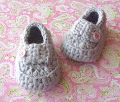 Easy Baby Bootie Crochet PATTERN PDF   by LisaCorinneCrochet, $5.95