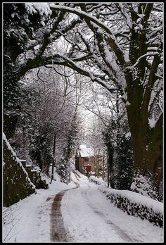 Winter in Wirksworth. Leave the car at home and explore on foot!