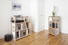 Storage Ideas for storing your records - Decoration Solutions Diy Storage Unit, Pvc Storage, Storage Spaces, Storage Ideas, Record Shelf, Vinyl Record Storage, Vintage Furniture, Furniture Design, Home Alone