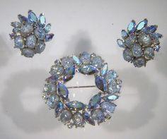 Vintage Trifari Etoile Blue AB Lava Art Glass Brooch Pin Earrings 1959 AD