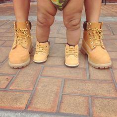 awwwwwuuuhhhhhhhhhhhh! look at them chunky legs!!!!! so pweshussssssssss!