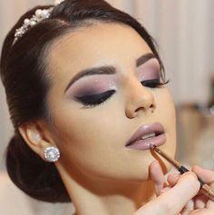 Maquillaje en lila