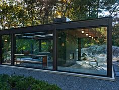 Project at a Glance What: A backyard greenhouse and tearoom Location: Massachusetts  Team: Flavin Architects (design principal: Colin Flavin; project architect: Howard Raley); design landscape architect: Ron Herman Landscape Architect; executive landscape architect: Zen Associates Size: 21 by 34 feet