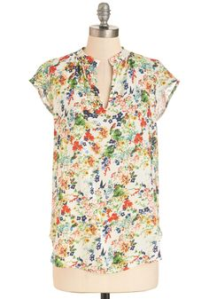 Backyard Garden Top in White. Trade a trip to the conservatory for a day spent enjoying your own garden in this floral top! #multi #modcloth