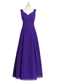 The Azazie Elizabeth is a universally flattering bridesmaid dress that features a sweetheart neckline, criss-cross drape detailing on the bodice, and an A-line skirt. Available in 34 colors, seen here in Regency.