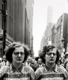 TWINs Louis Faurer: Twin Sisters, New York, 1948