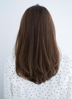 short, long straight hairstyles, straight medium length hairstyles, shoulder straight hairstyles, hairstyles for round face - Frisuren - Hair styles Haircuts Straight Hair, Round Face Haircuts, Haircut For Thick Hair, Hairstyles For Round Faces, Haircut Medium, Long Hair Cuts Straight, Medium Length Hair With Layers Straight, Trendy Hairstyles, Haircut For Medium Length Hair