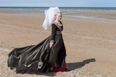 Burgundian gown 15th by Esaikha.deviantart.com on @DeviantArt
