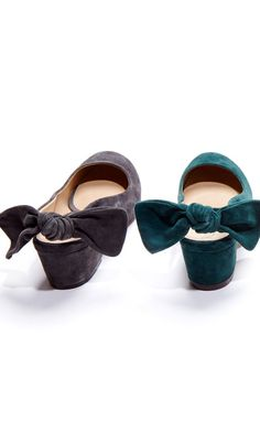 Block heels and bows, the perfect combination//