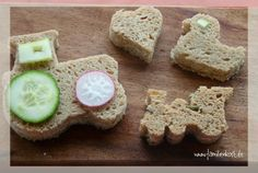 Brot für den Kindergarten Kids Meals, Lunch Box, Birthdays, Veggies, Fruit, Ethnic Recipes, David, Food, Baby