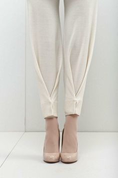 You could totally DIY this chic look on these harem pants.  the clean pleat on the bottom looks so sleek and sophisticated but playful!