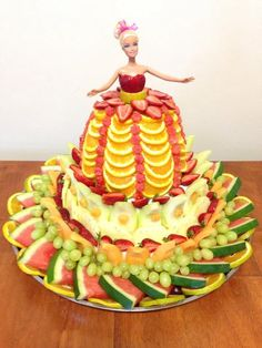 Fruit Barbie. Healthy party idea. Cake replacement. Girls party