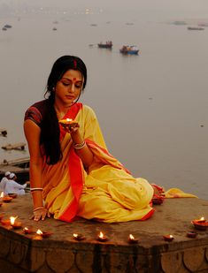 'Diwali' is the annual festival of the light, the most important happening for Hindus all over the world Diwali Photography, Indian Photography, Village Photography, Art Photography, Girl Photo Poses, Girl Photos, Diwali Painting, Indiana, Diwali Photos