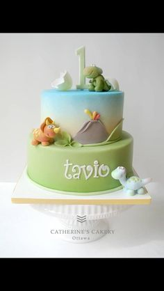 baby dinosaur cake with cracked egg - great colours Dinosaur Birthday Cakes, 1st Birthday Cakes, Dinosaur Party, Baby Birthday, Fondant Cakes, Cupcake Cakes, Baby Cakes, Beautiful Cakes, Amazing Cakes