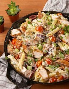 easy chicken pasta recipes - light pasta dishes with chicken and noodles Pasta Ligera, Chicken Pasta Dishes, Chicken Recipes, Pasta Salad, Pasta Food, Shrimp Pasta, Recipe Chicken, Chicken Salad, Meat Recipes
