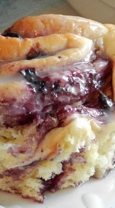 Blueberry Sweet Rolls with Lemon Glaze Recipe