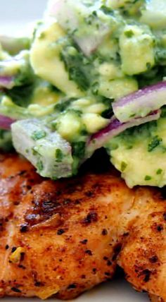 Grilled Salmon Recipe with Avocado Salsa (Healthy Salmon Recipe!) is the BEST Salmon Recipe and just happens to be approved! Salmon Dishes, Fish Dishes, Seafood Dishes, Seafood Recipes, Pasta Recipes, Dinner Recipes, Main Dishes, Whole30 Salmon Recipes, Grilled Salmon Recipes