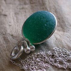 Natural Sea Glass Sterling Silver Pendant Necklace Emerald Green (299)