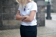 Be undone  Bykrog  minimal, white tee, street style ootd outfit fashion, monochrome