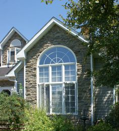 Mountain Ledge Stone Laid in Mortar, Meaford Mist Colour - http://www.stonerox.com