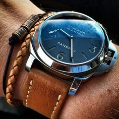 womw: The art of a wearing our Oak Panerai Style Strap on his by bandrbands from Instagram http://ift.tt/1e0uKwy