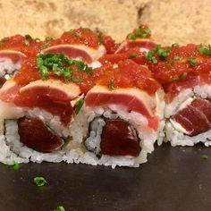 Último día para probar nuestro maki de esta semana: el Sweet Tomato Maguro  Pruébalo esta noche con 3 gratis en tu pedido con el código SATURDAYNIGHT