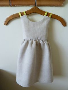 Linen Dress with Pink Bone Buttons and by HarrietsHaberdashery. $54.00, via Etsy.