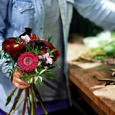 What's In Season: Fall Wedding Flowers