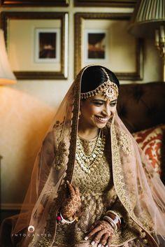 Gold Maatha Patti | Aarti + Rishabh | Indian Wedding Blog | Think Shaadi