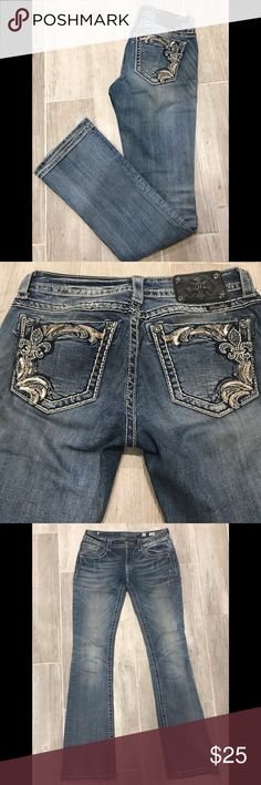 "Miss Me Bootcut Jeans 27x34 Miss Me jeans, style JP5853B2 with crystal flier-de-lis design on pockets. size: 27, inseam 34"", rise low, boot cut, wash medium, sandblasting and lightly distressed on front side. In used but great condition. Miss Me Jeans Boot Cut"
