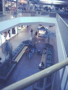 Villa Italia Mall, Lakewood, Colorado, 2001