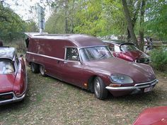 Citroën DS van never seen one of these ever