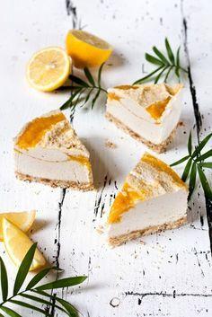 Raw Coconut Mango Cheesecake #vegan | Foodlovin