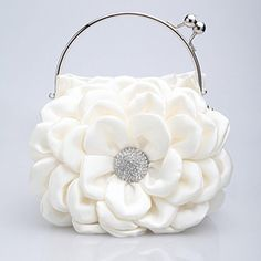 Sooo cute!  #handbag  #evening purse