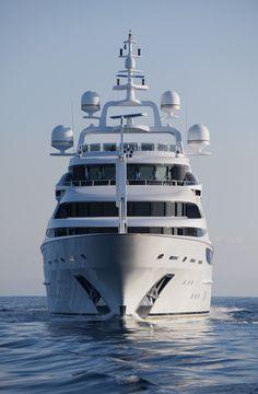 Benetti launches superyacht Diamonds Are Forever photo @LUXUO .COM .COM .COM
