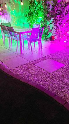 Smart Lights, Smart Garden, Small Garden Design, Summer Photography, Outdoor Projects, Outdoor Lighting, Bulb, Exterior Lighting, Onions