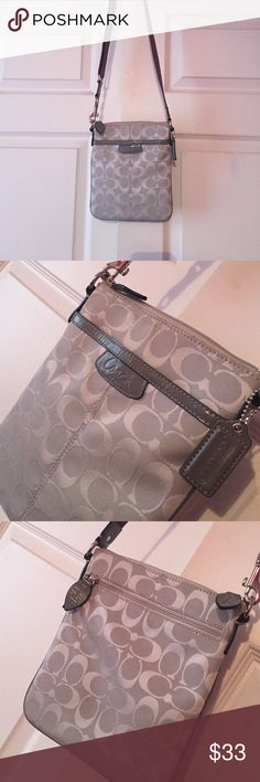 Coach Square Cross body Bag 💼😍 Square, light gray Coach Cross Body bag! Perfect for traveling (especially traveling aboard)! All working zippers, adjustable shoulder strap, fits a lot of items for traveling! Coach Bags Crossbody Bags