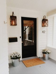 Country Style Cottage Homes Cottage Style Dining Chairs Style At Home, Home Design, Design Ideas, Patio Design, Modern Cottage Style, Cottage Style Front Doors, Cottage Style Decor, Cottage Design, Black Doors
