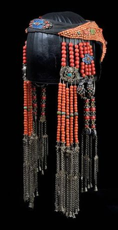 "grandiose form of Mongolian headdresses, image of the front of a piece from *Ethnic Jewellery and Adornment*. The main beads are a mixture of Chinese - so-called ""Peking"" - glass and coral. Tribal Fusion, Headdress, Headpiece, Turquoise, Coral, Ancient Jewelry, Hair Ornaments, Tribal Jewelry, Ethnic Fashion"