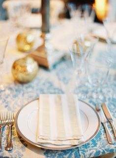 striped linen napkins at place settings // photo by JenHuangPhotography.com