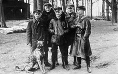"""The greatest fighter pilot of WWI, Manfred von Richthofen, kept a few dogs. But his favorite seems to have been a huge Great Dane. The dogs name was Moritz and the Red Barron was quoted as having said of his four legged companion """"The most beautiful. World War One, First World, Luftwaffe, Manfred Von Richthofen, Military Working Dogs, Flying Ace, Fighter Pilot, German Army, Wwii"""