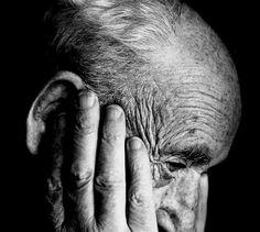 Busco una persona con capacidad y disponibilidad para atender a mi padre de 90 años que acude todos los días a un centro de día. No es totalmente dependiente pero necesita ayuda http://bit.ly/2orqCvw