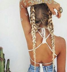 Relaxed boho hippy style french braids, perfect for casual days, going out, and a hairstyle that will make heads turn at music festivals. Topped off with a graceful painted daisy pattern down the arms. Found this image on Pinterest saved by ShopStyle. Don't forget to follow us for more x #boho #chic #frenchbraids #love #style #bohochic